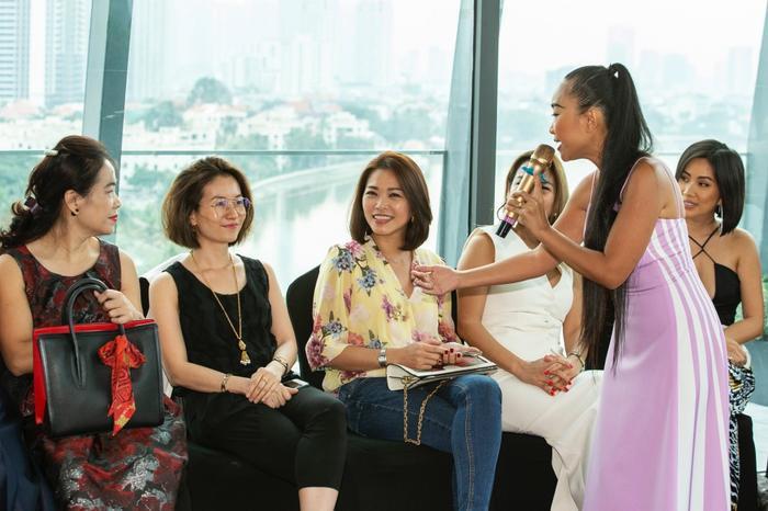 Đoan Trang mời hội chị em Hồng Nhung, Hà Anh dự tiệc trà chiều, bật mí bí kíp sống khỏe Ảnh 13