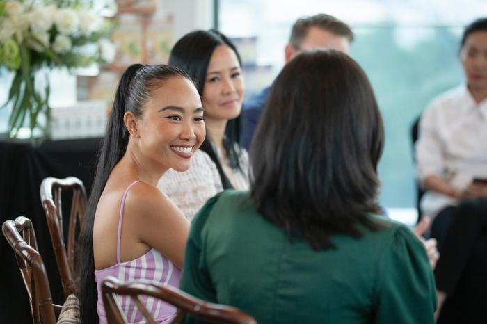 Đoan Trang mời hội chị em Hồng Nhung, Hà Anh dự tiệc trà chiều, bật mí bí kíp sống khỏe Ảnh 9