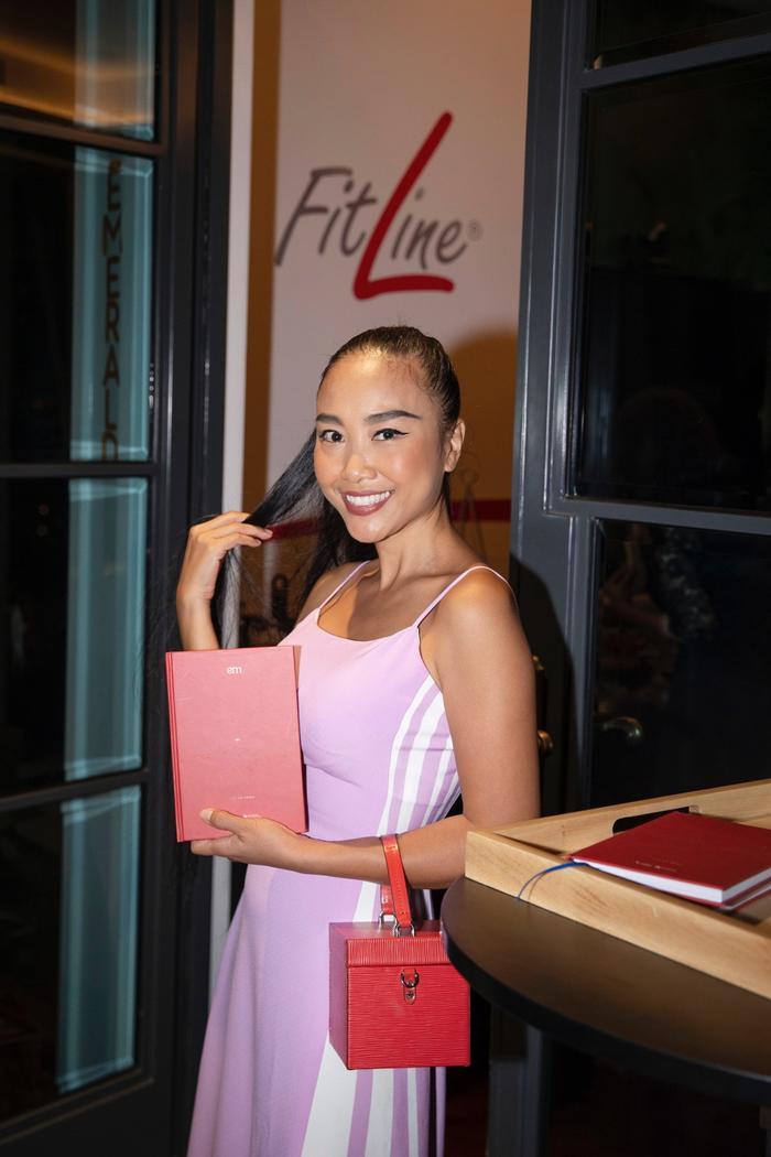 Đoan Trang mời hội chị em Hồng Nhung, Hà Anh dự tiệc trà chiều, bật mí bí kíp sống khỏe Ảnh 2