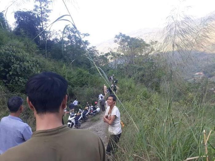 Xe ô tô chở khách du lịch Đà Nẵng lao xuống vực sâu ở Hà Giang, 3 người chết, 4 người bị thương Ảnh 1