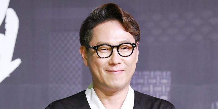 Sau hào quang nổi tiếng, sao Hàn 'sống chết' với bệnh tật: Từ Kim Woo Bin, Moon Geun Young đến Krystal! Ảnh 4