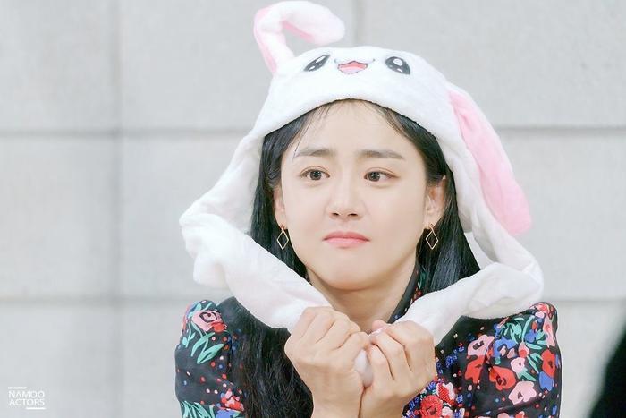 Sau hào quang nổi tiếng, sao Hàn 'sống chết' với bệnh tật: Từ Kim Woo Bin, Moon Geun Young đến Krystal! Ảnh 17