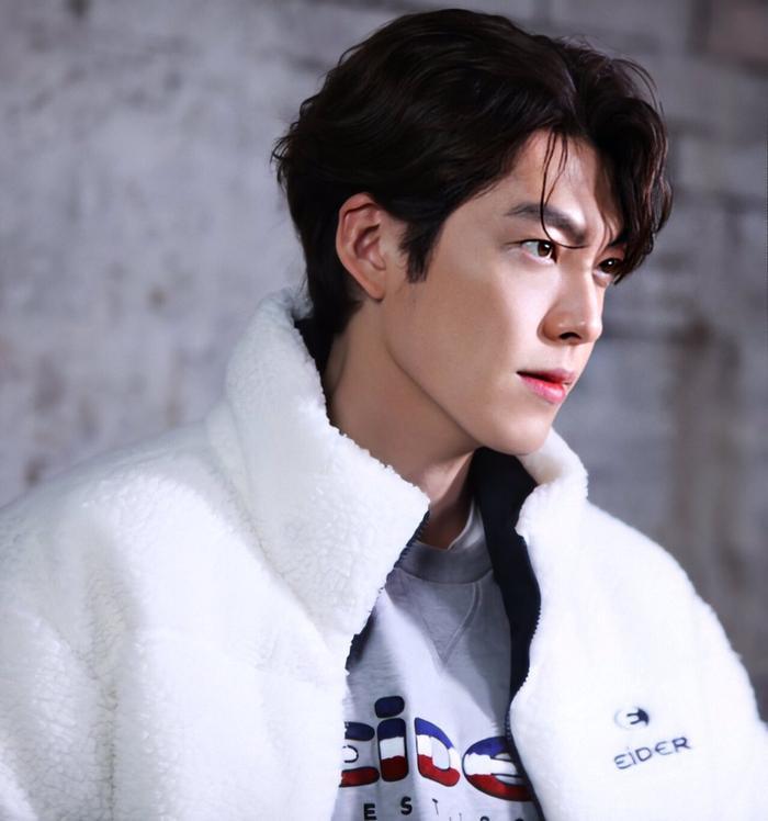 Sau hào quang nổi tiếng, sao Hàn 'sống chết' với bệnh tật: Từ Kim Woo Bin, Moon Geun Young đến Krystal! Ảnh 18