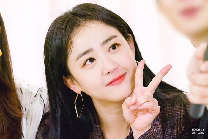 Sau hào quang nổi tiếng, sao Hàn 'sống chết' với bệnh tật: Từ Kim Woo Bin, Moon Geun Young đến Krystal! Ảnh 3