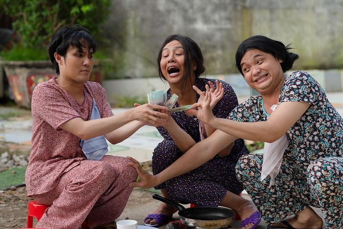 'Tắt tiếng' của Huỳnh Lập - Duy Khánh- Lê Nhân 'cà khịa' CĐM: Từ chuyện Đông Nhi đi đẻ đến cứu trợ mùa lũ Ảnh 19