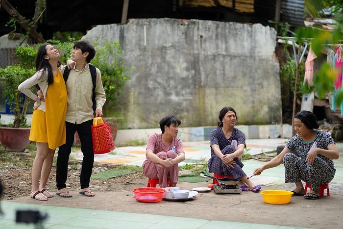 'Tắt tiếng' của Huỳnh Lập - Duy Khánh- Lê Nhân 'cà khịa' CĐM: Từ chuyện Đông Nhi đi đẻ đến cứu trợ mùa lũ Ảnh 9