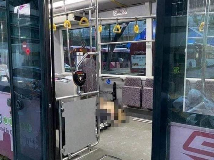 Người đàn ông bị đánh chết trên xe buýt vì cướp túi của khách
