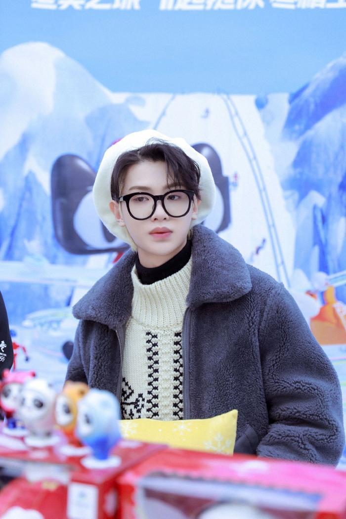 Yuehua lên tiếng về việc nợ nần của mẹ Hoàng Minh Hạo, thái độ của fan gây bất ngờ Ảnh 7