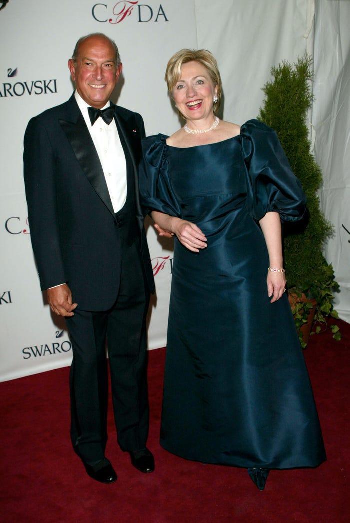Chồng đắc cử tổng thống, váy bà Jill Biden mặc lập tức sold out Ảnh 3