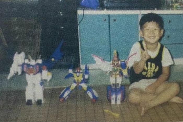 'Rụng rời' với bộ ảnh thời thơ ấu của BTS: Jin và V tựa hoàng tử, J-Hope như 'rich kids' chính hiệu Ảnh 38
