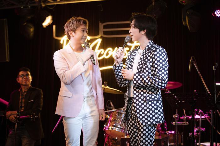 Tăng Phúc da diết cùng Thái Ngân, Trương Quỳnh Anh trong đêm nhạc miễn phí dành tặng fan Ảnh 9
