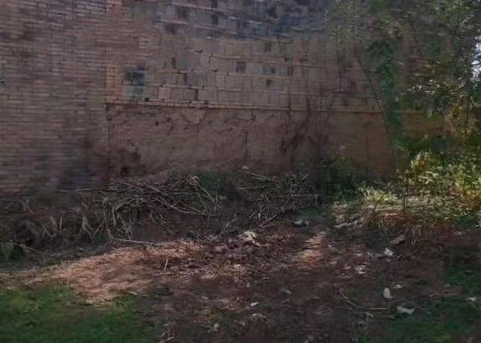 Thiếu niên 15 tuổi bị 6 người vây đánh và chôn sống trên bãi đất hoang Ảnh 3