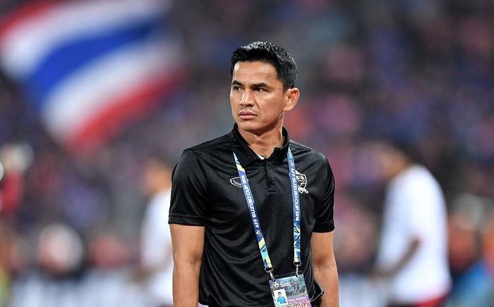 Kiatisak không thể về với đội của Chủ tịch Nguyễn Hữu Thắng Ảnh 1