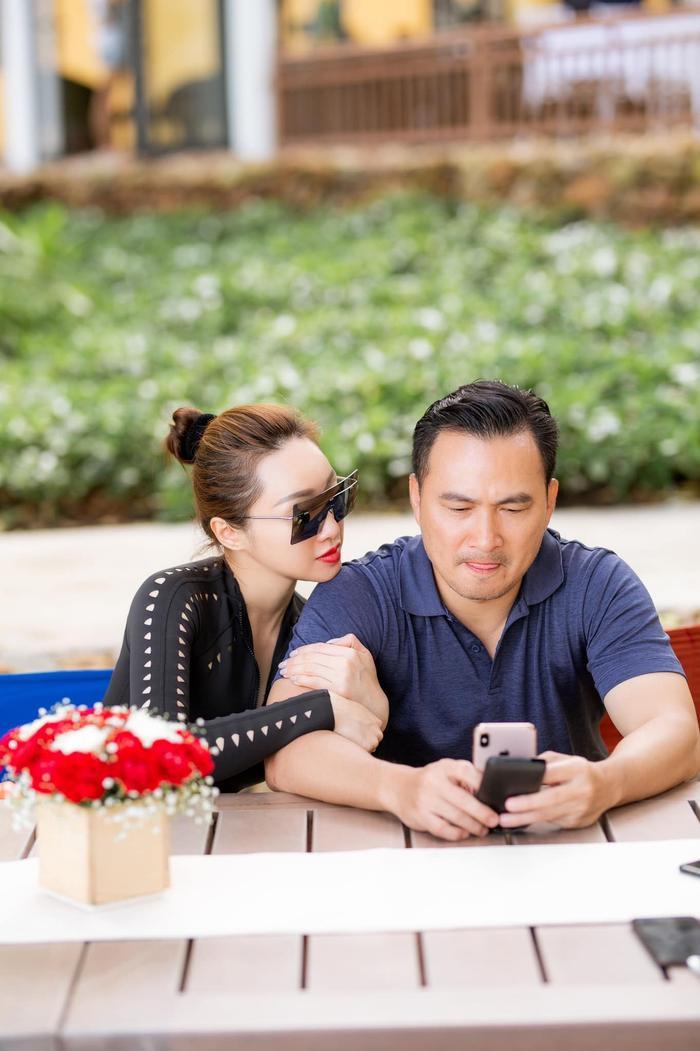 Sau sóng gió, tình yêu của Chi Bảo và bạn gái kém 16 tuổi ngày càng bền chặt Ảnh 3
