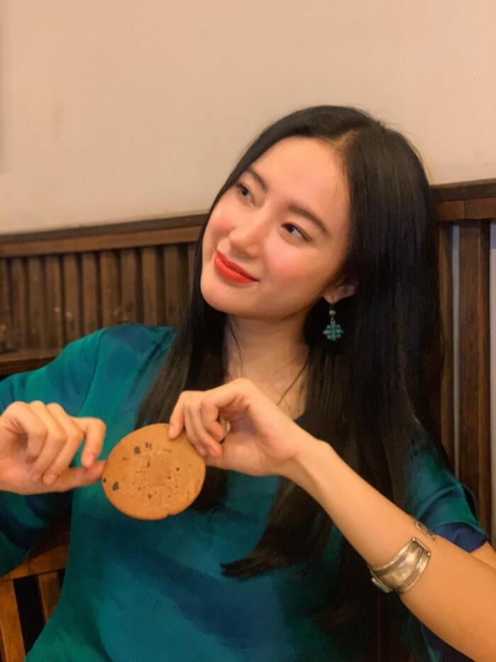 Không thể rời mắt trước nhan sắc thật của Angela Phương Trinh trong clip hậu trường Ảnh 8