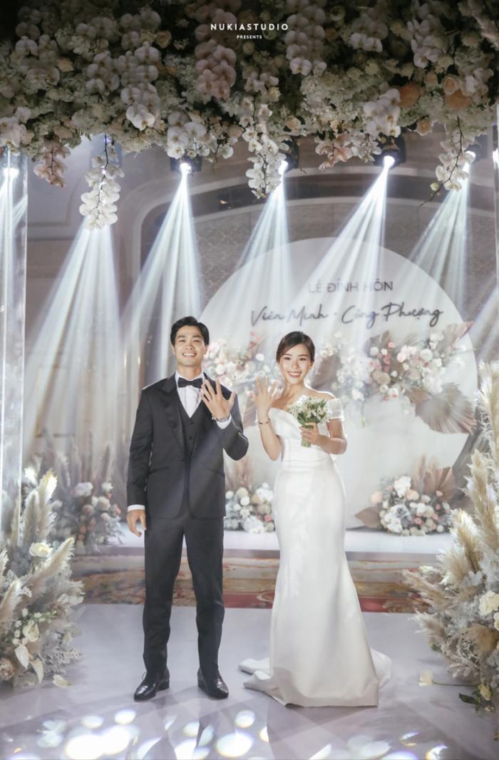 Nhan sắc ngọt ngào đằm thắm của cô dâu Công Phượng trong ngày cưới Ảnh 3