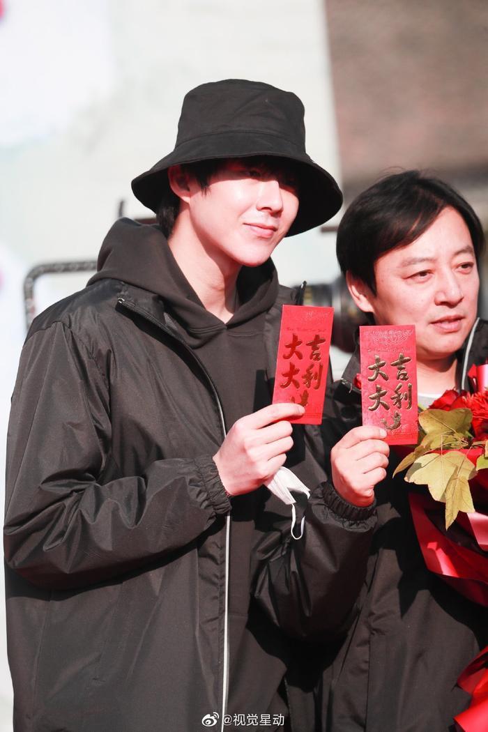 Tăng Thuấn Hi tiếp tục hợp tác với nàng idol chuyên đóng cổ trang, Cnet chưa gì đã nghĩ phim sẽ hỏng bét