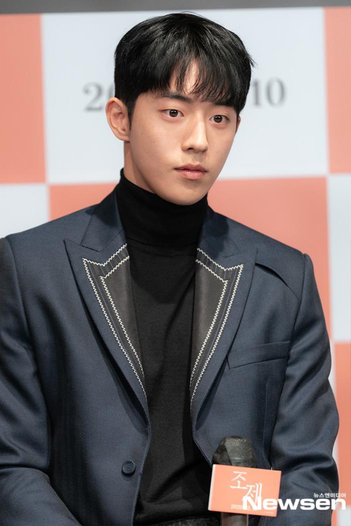 Han Ji Min để mặt mộc, Nam Joo Hyuk không rửa mặt quay Josee: Đừng xem đây là phim của người khuyết tật! Ảnh 3