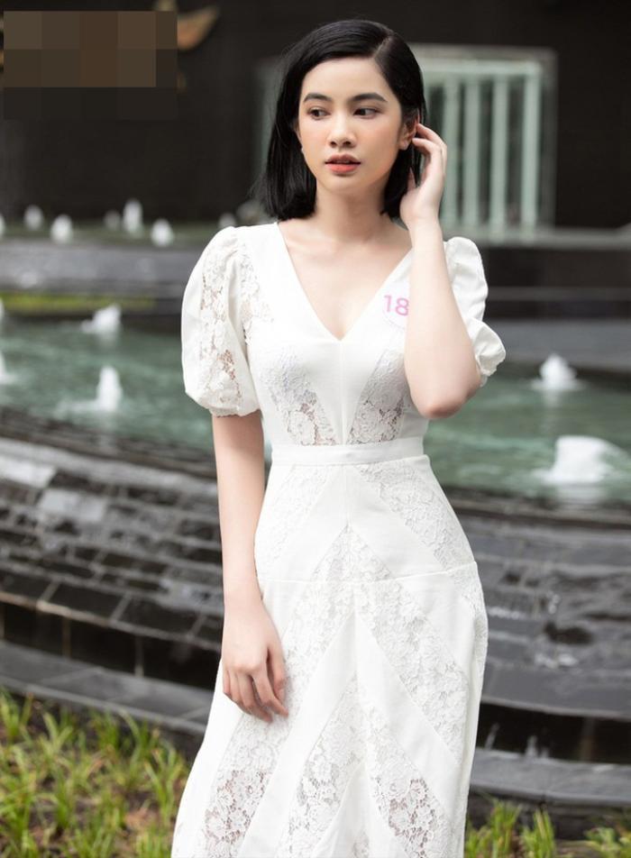 Cô gái có 'gương mặt đẹp nhất Hoa hậu Việt Nam 2020' giảm 10kg trong vòng 1 tháng để đi thi hoa hậu Ảnh 10
