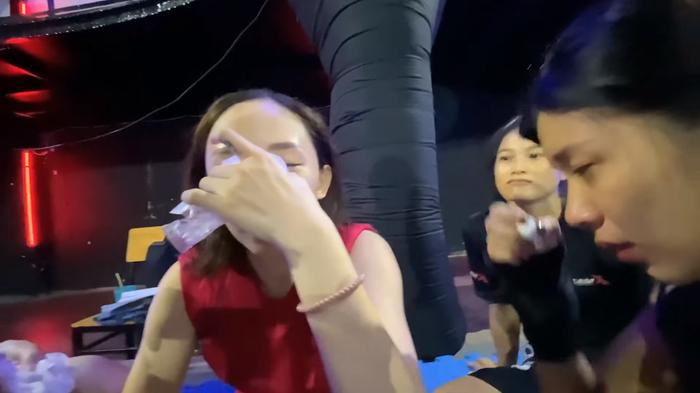Tóc Tiên bị Đồng Ánh Quỳnh đấm thẳng tay đến chảy máu mũi tại hậu trường 'Thanh Sói' Ảnh 4
