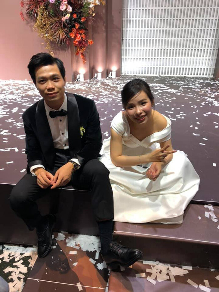 Tình hơn cô dâu chú rể, cặp đôi này chiếm 'spotlight' trong đám cưới Công Phượng - Viên Minh Ảnh 1