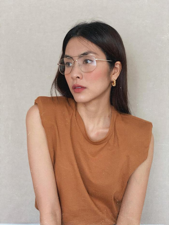 Tình tứ bên chồng, Tăng Thanh Hà vô tình để lộ body gầy guộc khiến fan lo lắng Ảnh 6