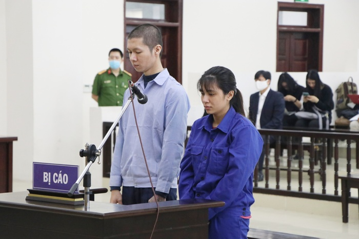 Bản án nào dành cho người mẹ cùng cha dượng bạo hành bé gái 3 tuổi ở Hà Nội tử vong thương tâm? Ảnh 1