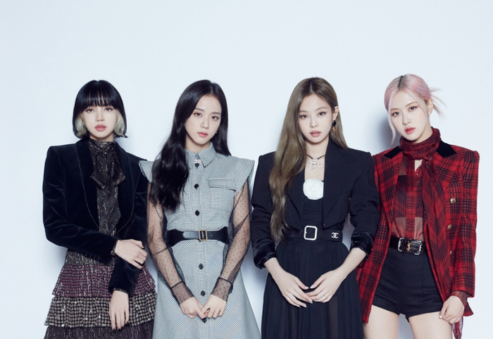 Mặt trận Kpop tại BXH World Album: TXT, BTS 'bao vây' BlackPink, girlgroup 'ảo' K/DA tham chiến Ảnh 3