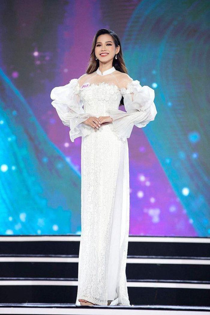 Hành trình trở thành Hoa hậu Việt Nam 2020 của Đỗ Thị Hà: Cô gái giấu gia đình đi thi sắc đẹp Ảnh 8