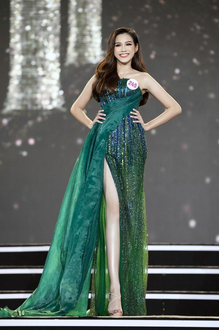 Hành trình trở thành Hoa hậu Việt Nam 2020 của Đỗ Thị Hà: Cô gái giấu gia đình đi thi sắc đẹp Ảnh 6