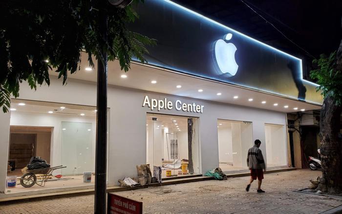 Cửa hàng Apple Center tại Việt Nam bị buộc phải gỡ logo 'Táo khuyết' Ảnh 1