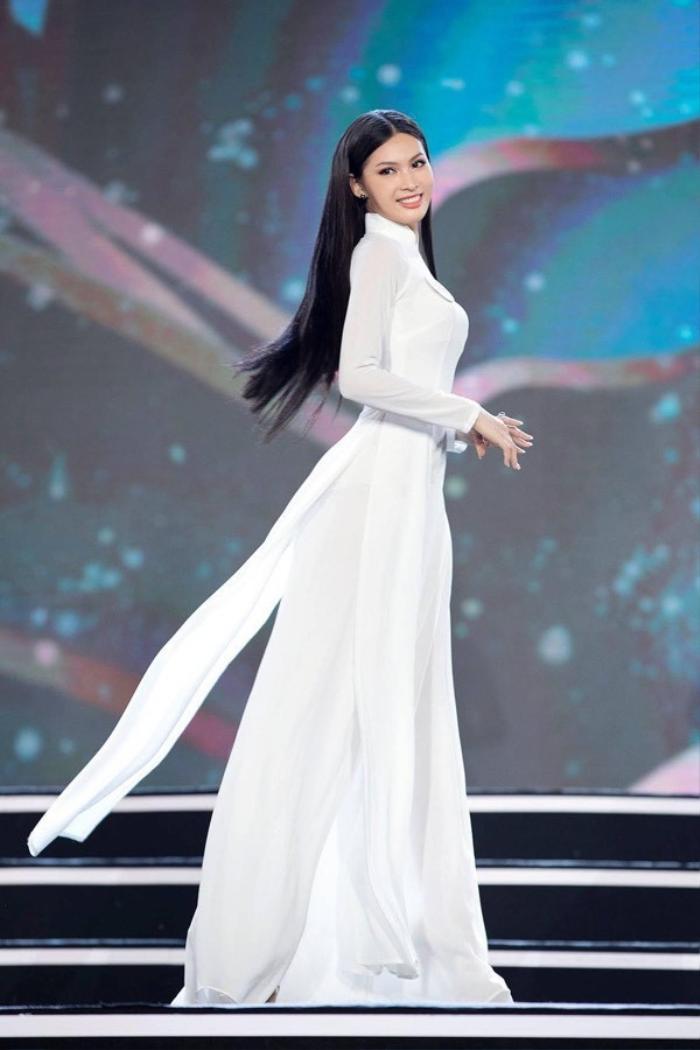 Ngắm nhan sắc xinh đẹp, ngọt ngào của Á hậu 2 'Hoa hậu Việt Nam 2020' Nguyễn Lê Ngọc Thảo Ảnh 16