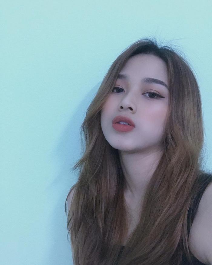 Nhan sắc đời thường không hề tầm thường của Tân Hoa hậu Việt Nam 2020 Đỗ Thị Hà Ảnh 8