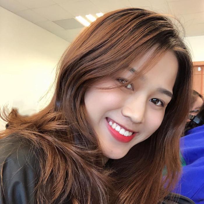 Nhan sắc đời thường không hề tầm thường của Tân Hoa hậu Việt Nam 2020 Đỗ Thị Hà Ảnh 12