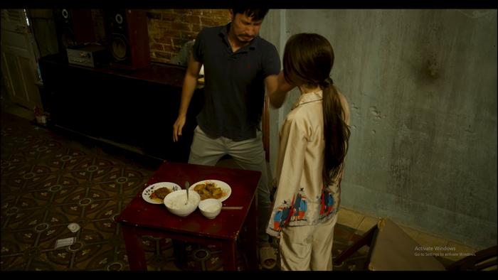 Khổng Tú Quỳnh bị diễn viên Huy Khánh tát đỏ mặt, hóa ra nguyên nhân lại liên quan đến Hoài Lâm Ảnh 3