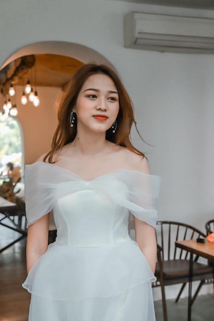 Thời trang streetstyle trẻ trung của Tân Hoa hậu Việt Nam Đỗ Thị Hà Ảnh 9