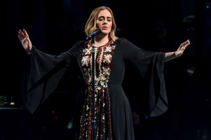 Nữ ca sĩ vừa có teaser cho bài hát mới này là Adele hay là Katy Perry ? Ảnh 3