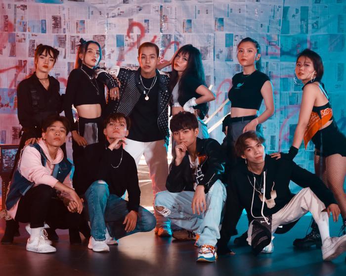 Hậu King of Rap, Weeza kết hợp cùng nhóm nhảy học trò của Quang Đăng trong dự án đặc biệt Ảnh 1
