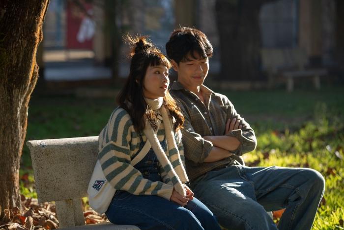 'Bí mật của gió' ra rạp sau 10 tháng hoãn vì COVID-19, sao Việt ngạc nhiên bởi chất lượng phim Ảnh 2