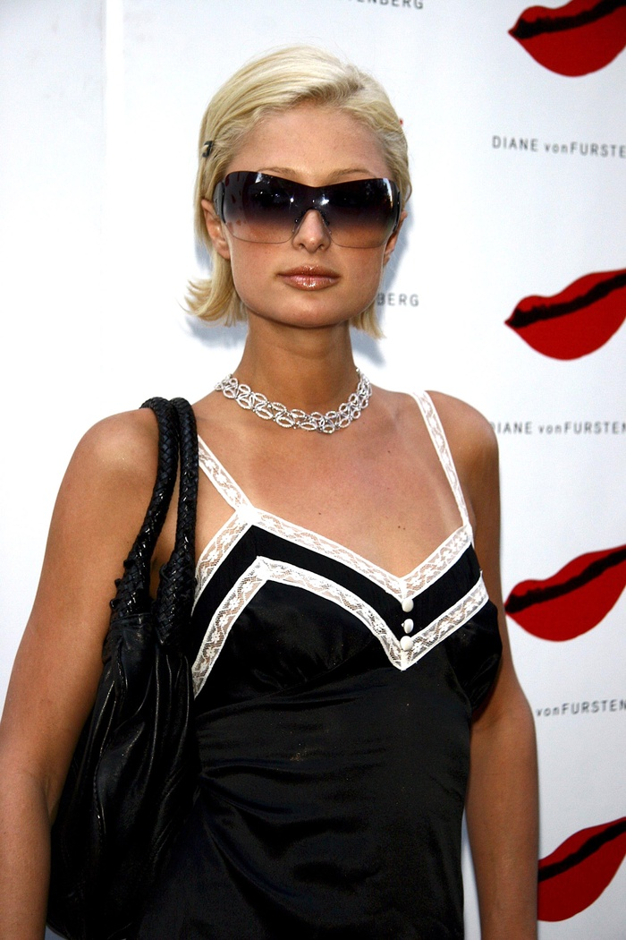 Lệ Quyên bị fan ví như Paris Hilton, đi đâu cũng đeo kính râm to sụ Ảnh 7