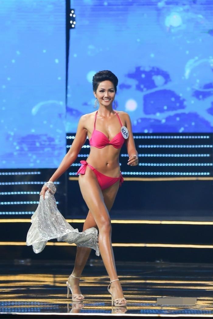 Số đo vòng 1 của Hoa hậu Việt lúc đăng quang, Đỗ Thị Hà có vòng ngực nhỏ nhất Ảnh 15