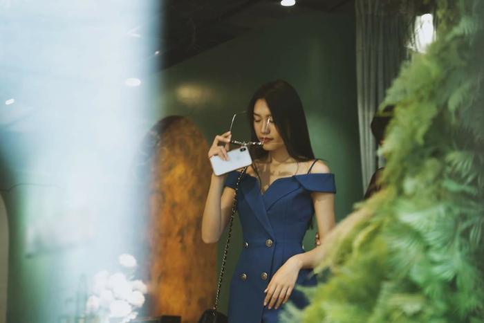 Lộ ảnh bạn gái tin đồn của Đoàn Văn Hậu - Doãn Hải My thử váy cưới lộng lẫy, fan rần rần đồn đoán Ảnh 3