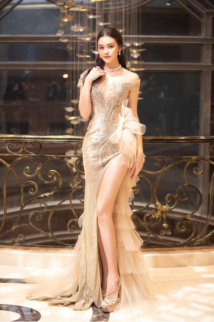 Á hậu Tường San xác nhận kết hôn ở tuổi 20 với bạn trai lớn hơn 9 tuổi vào cuối tháng 11 Ảnh 5