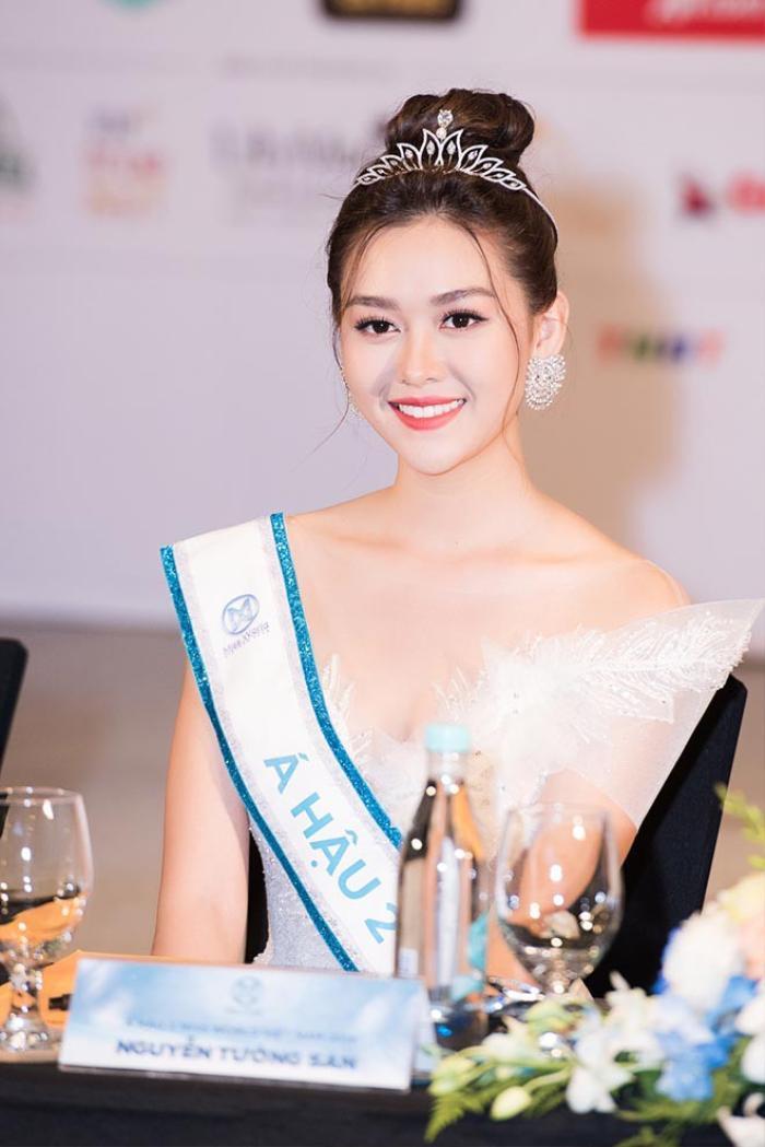 Á hậu Tường San xác nhận kết hôn ở tuổi 20 với bạn trai lớn hơn 9 tuổi vào cuối tháng 11 Ảnh 9