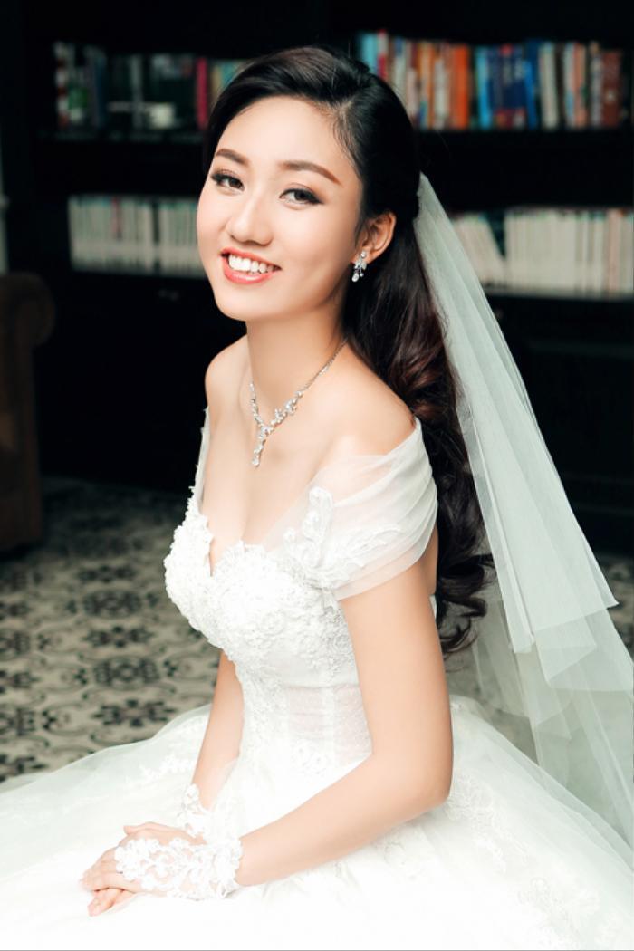 Á hậu Việt Nam kết hôn trong nhiệm kỳ như Tường San: Thúy Vân - Diễm Trang - Trà My hạnh phúc viên mãn Ảnh 11