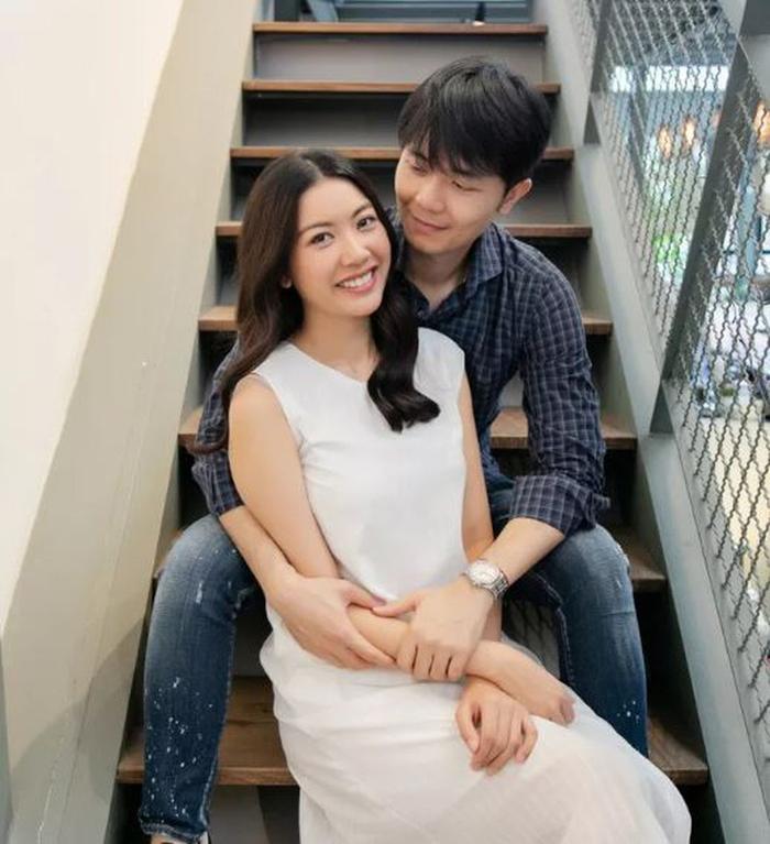 Á hậu Việt Nam kết hôn trong nhiệm kỳ như Tường San: Thúy Vân - Diễm Trang - Trà My hạnh phúc viên mãn Ảnh 15