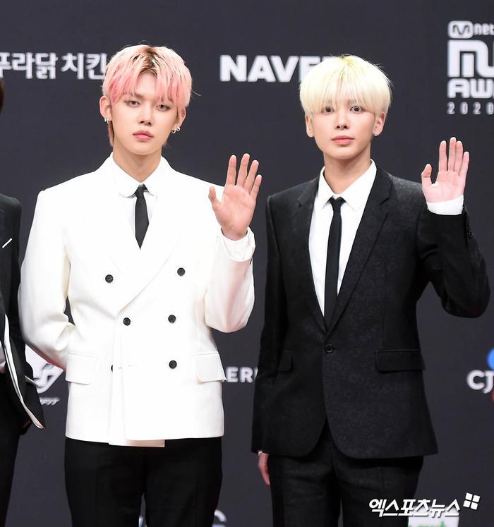 'MAMA 2020': Song Joong Ki rạng rỡ trên thảm đỏ cùng TWICE - GOT7, Jessi khoe vòng ba phản cảm Ảnh 30