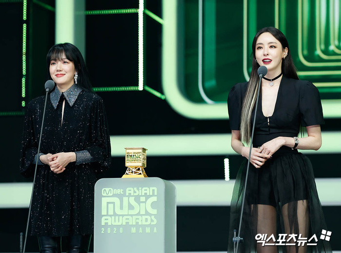 Tổng kết 'MAMA 2020': 3 sao Việt thắng giải lớn, BTS 'ẵm mỏi tay' 8 chiếc cúp! Ảnh 42
