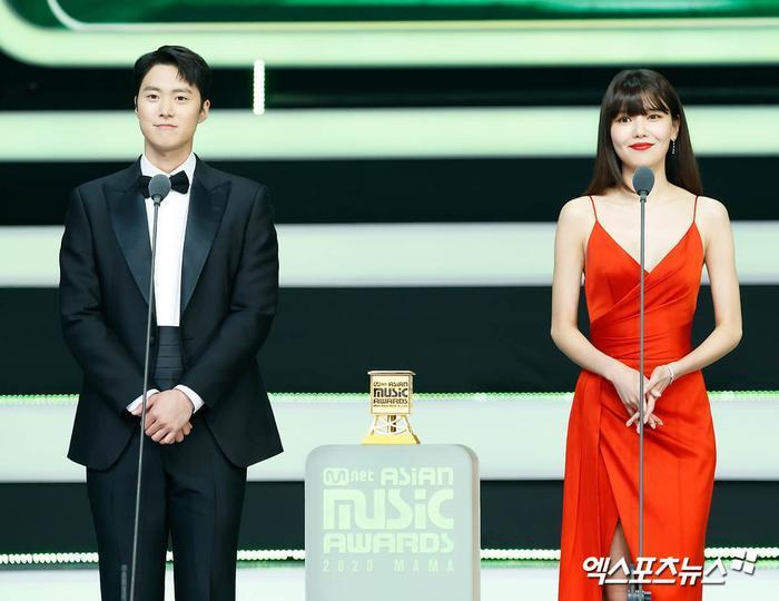 Tổng kết 'MAMA 2020': 3 sao Việt thắng giải lớn, BTS 'ẵm mỏi tay' 8 chiếc cúp! Ảnh 47