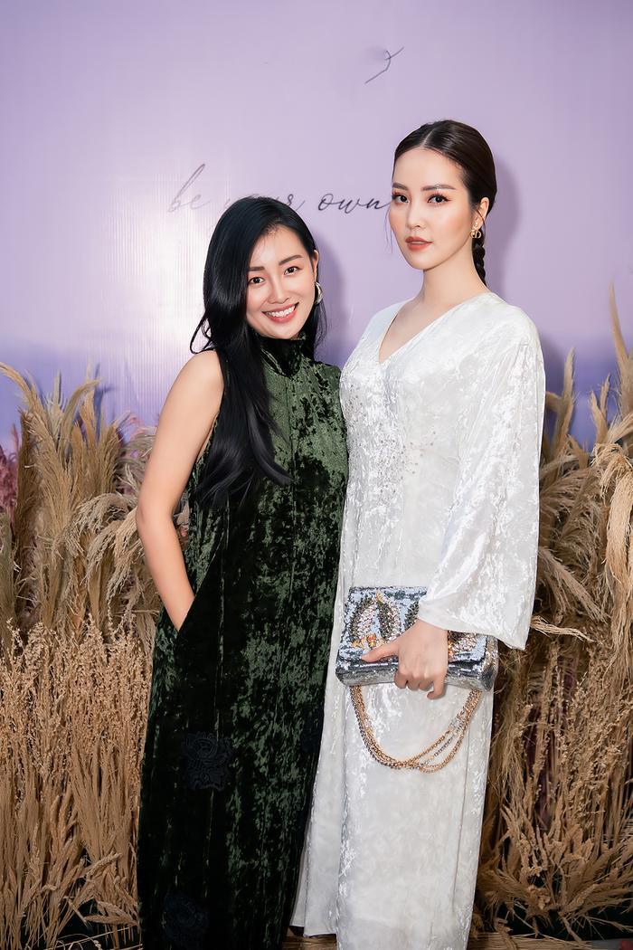 Siêu mẫu Trần Mạnh Khang, MC Phí Linh lên đồ thu đông sành điệu hội ngộ Quỳnh Chi Ảnh 10